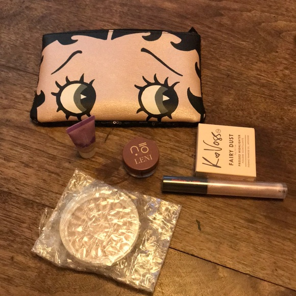 Betty Boop Ipsy Bag W 5 Products!